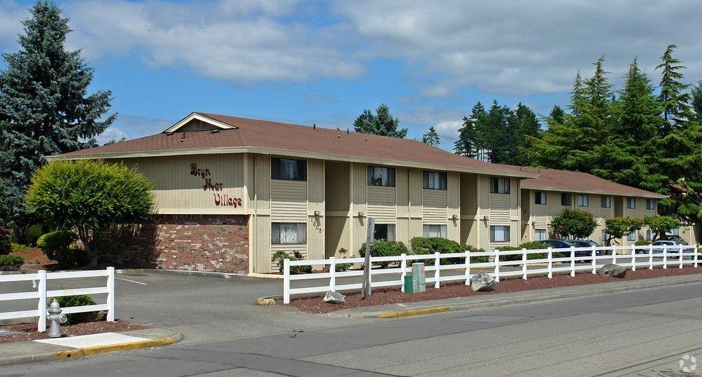 1721 S 82nd St, Tacoma, WA 98408