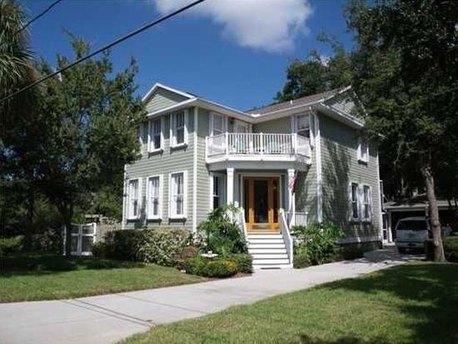 2803 W Averill Ave, Tampa, FL 33611