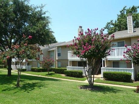 Tyler, TX. 83 Rentals. Image Of The Ashton Apartments