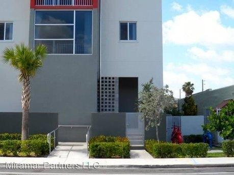 1023 Sw 6th St Miami, FL 33130