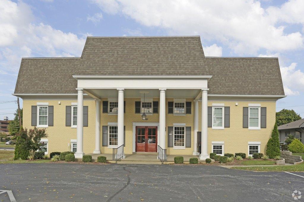 1611 S Main St, Hopkinsville, KY 42240