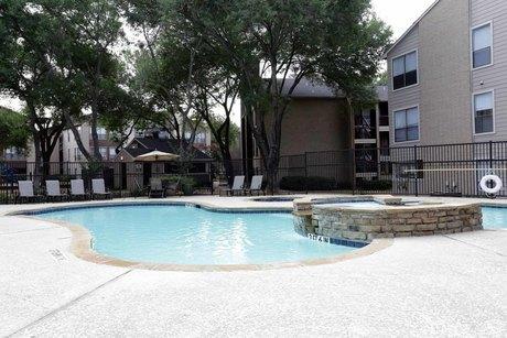 9350 Skillman St, Dallas, TX 75243