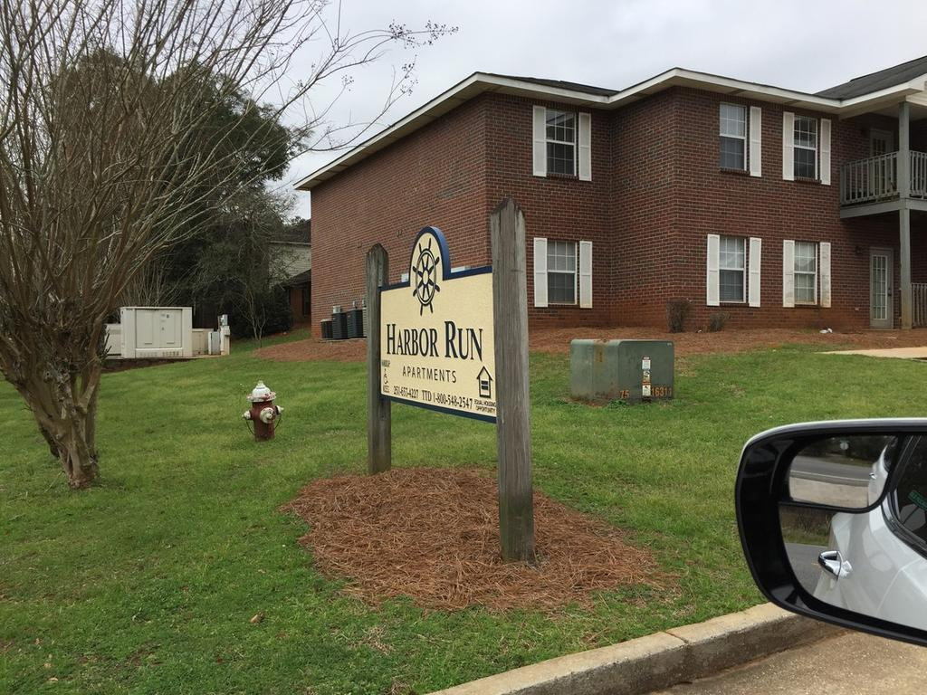 6204 Old Pascagoula Rd, Theodore, AL 36582