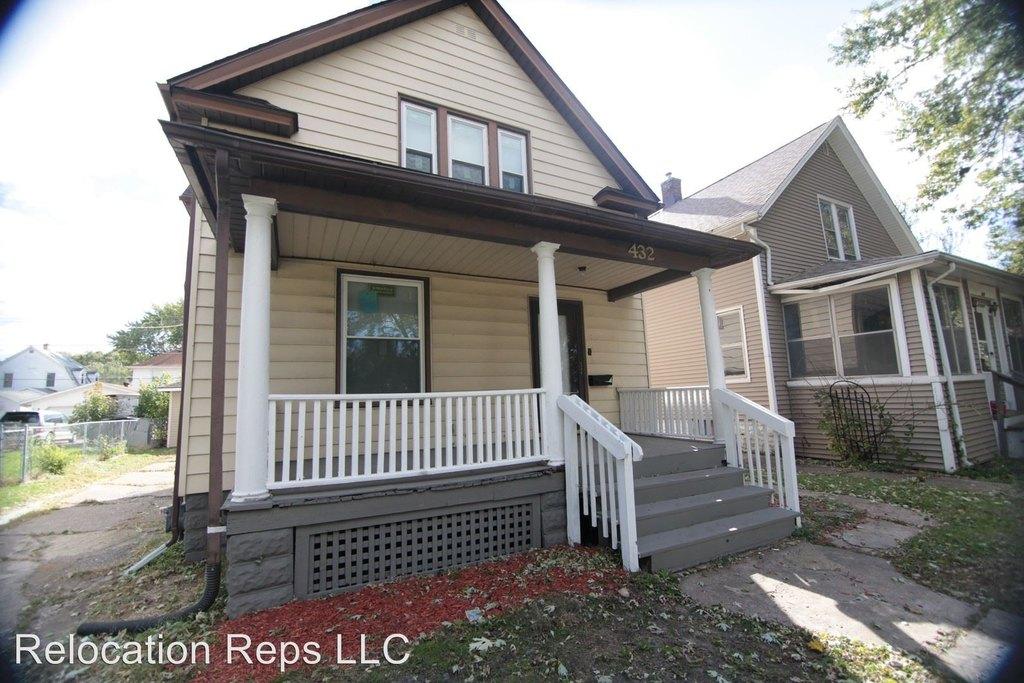 432 15th Ave Single Family House For Rent Doorstepscom