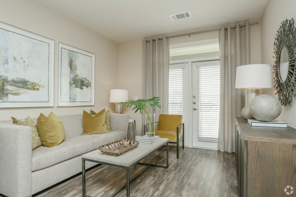 Beacon at buffalo pointe 10301 buffalo speedway apartment for rent for 3 bedroom apartments southwest houston