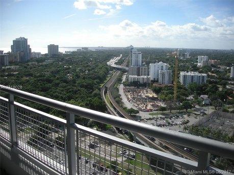 60 SW 13th St Apt 4804, Miami, FL 33130