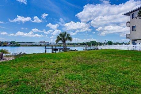 2205 N Riverside Dr Tampa, FL 33602