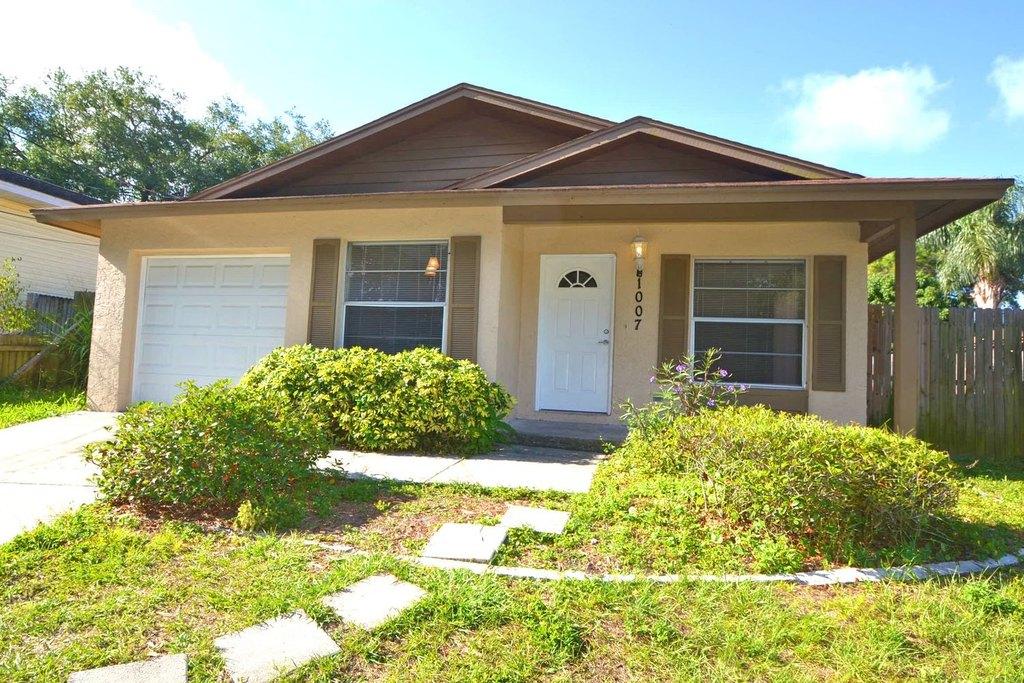 1007 Braginton St, Clearwater, FL 33756