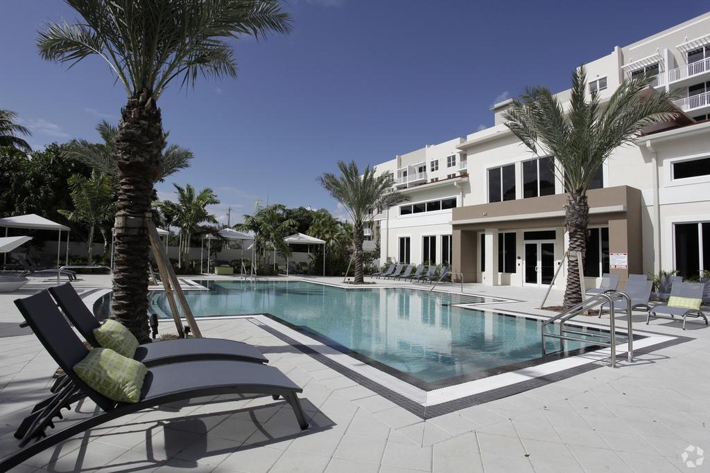 1640 E Sunrise Blvd, Fort Lauderdale, FL 33304