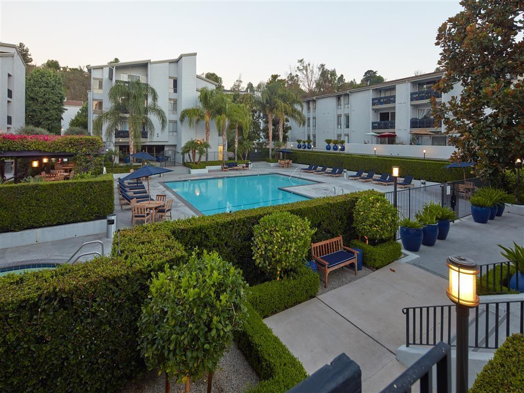 Warner Villa 5807 Topanga Canyon Blvd Apartment For Rent
