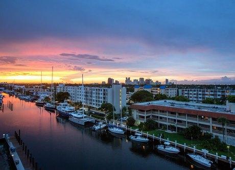 1701-1799 Se 17th St Fort Lauderdale, FL 33316