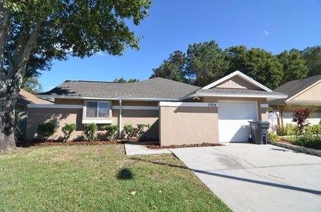 11904 Sugar Tree Dr Tampa, FL 33625