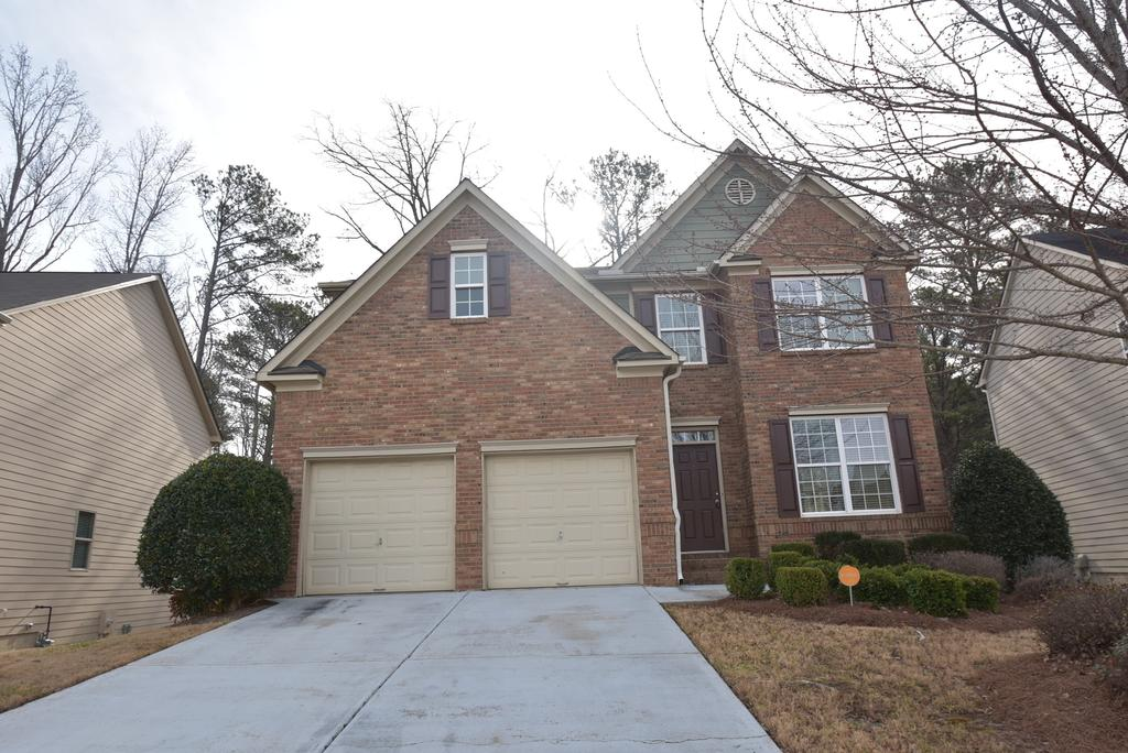 4517 Creekside Cv, Atlanta, GA 30349