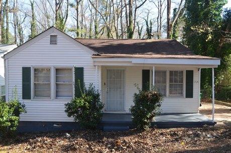 1324 Glen Forest Way Decatur, GA 30032