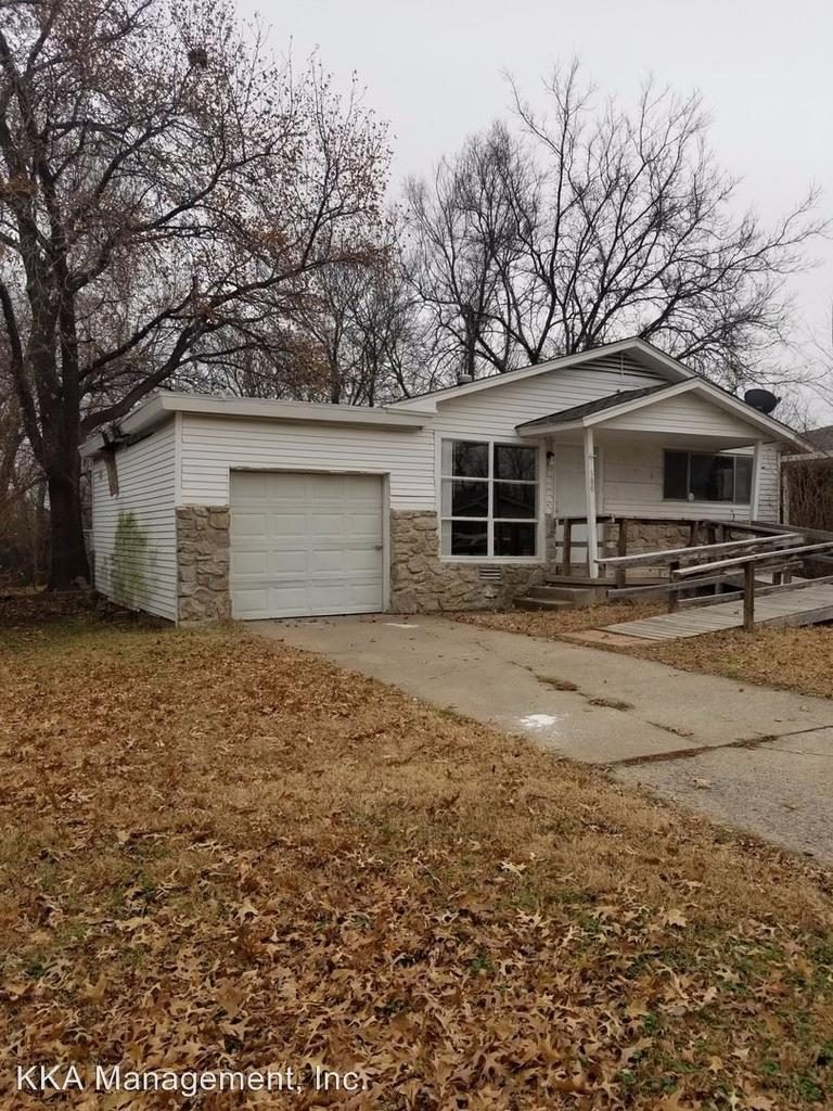 580 Elmhurst Single Family House For Rent Doorsteps Com