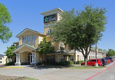 9019 Vantage Point Rd, Dallas, TX 75243