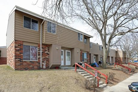 Tremendous Watertown Wi Apartments Houses For Rent 4 Listings Beutiful Home Inspiration Ommitmahrainfo