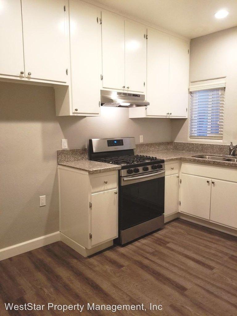 2439- 2443 Palm Place   2439 2443 Palm Pl   Apartment for