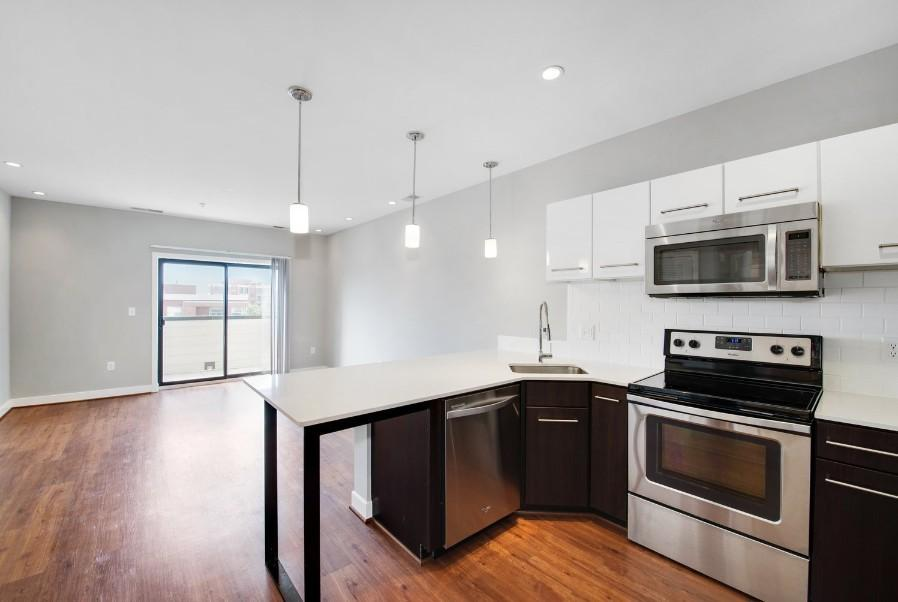 300 L St NE, Washington, DC 20002