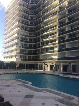 9559 Collins Ave Surfside, FL 33154