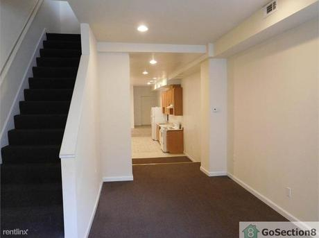 725 N Chester St, Baltimore, MD 21205