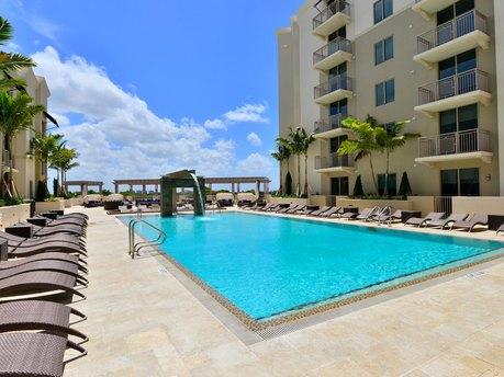 310-360 Granello Ave, Coral Gables, FL 33146