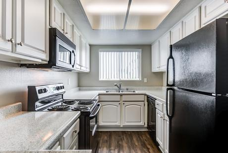Luxury Apartments Houses For Rent In Glendale Ca Doorsteps Com Luxury Apartment Rentals Listings Starting At 2 880