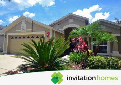 10111 Heather Sound Dr, Tampa, FL 33647