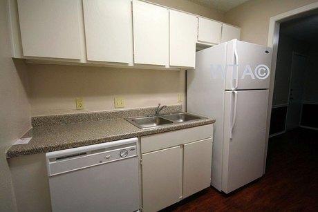 1300 S Pleasant Valley Rd Unit 2074 Austin, TX 78741
