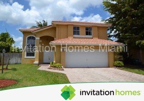 16372 Sw 93rd St Miami, FL 33196