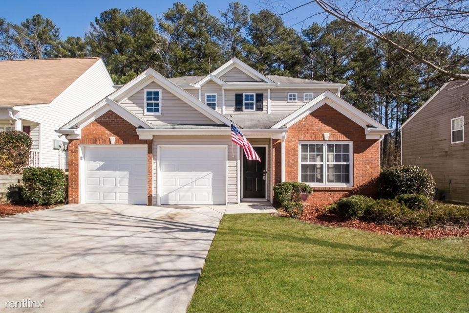5770 Sable Glen Rd, Atlanta, GA 30349