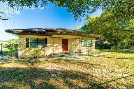 110 W Hanna Ave Tampa, FL 33604