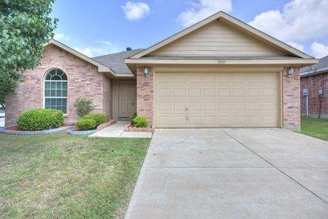2057 Hollow Creek Dr, Dallas, TX 75253