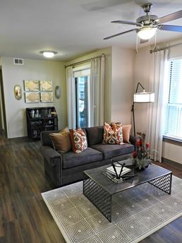 10402 Town and Country Way, Houston, TX 77024