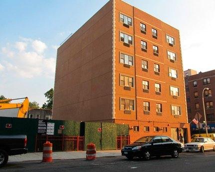 3064 Buhre Ave Bronx, NY 10461