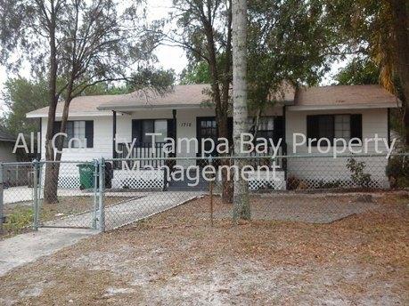 1712 W Saint Joseph St Tampa, FL 33607