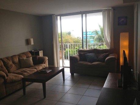 650-660 NE 64th St # G405, Miami, FL 33138