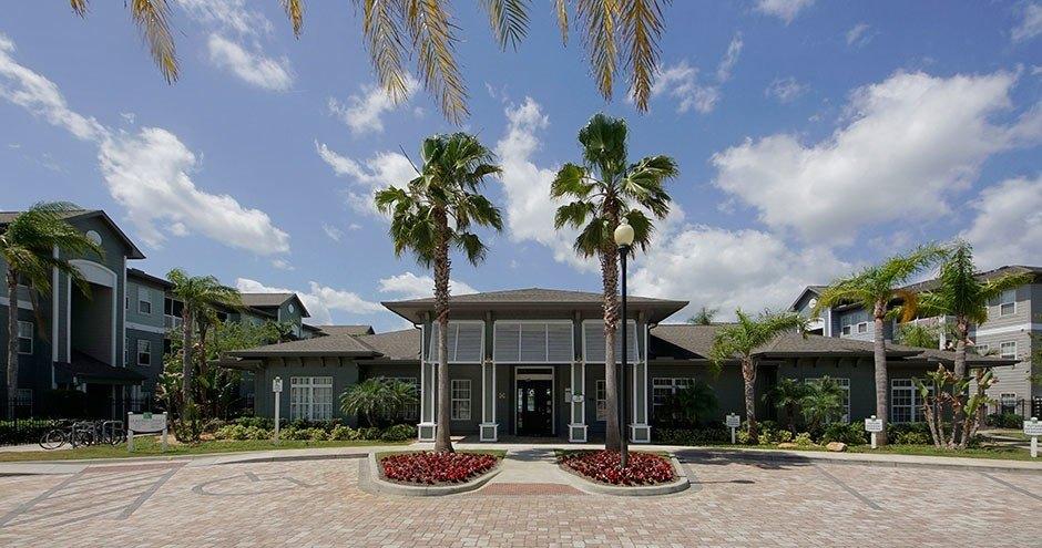 100 Acklins Cir, Daytona Beach, FL 32119