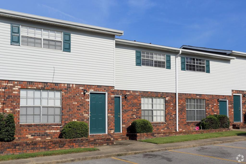 Windsor Village Apartments 6490 U S Highway 49 Apartment For