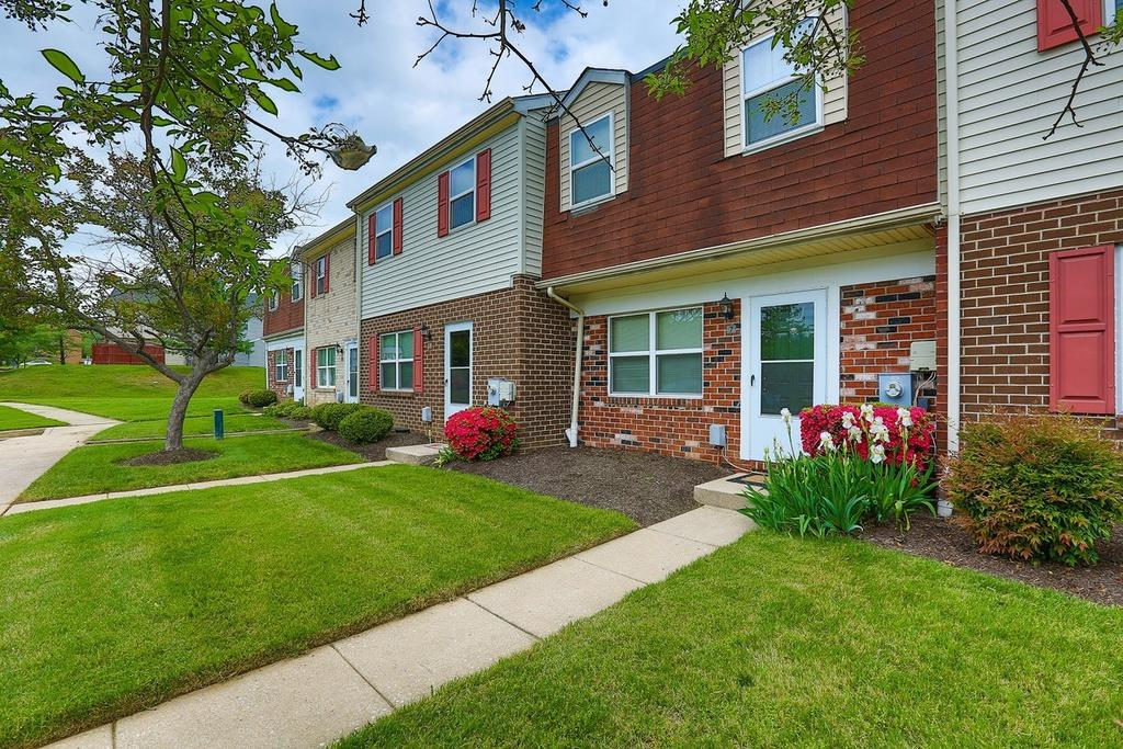 53 Bayberry Rd, Parkville, MD 21234