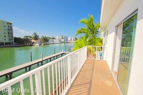 7930/7950 Tatum Waterway Dr Miami Beach, FL 33141