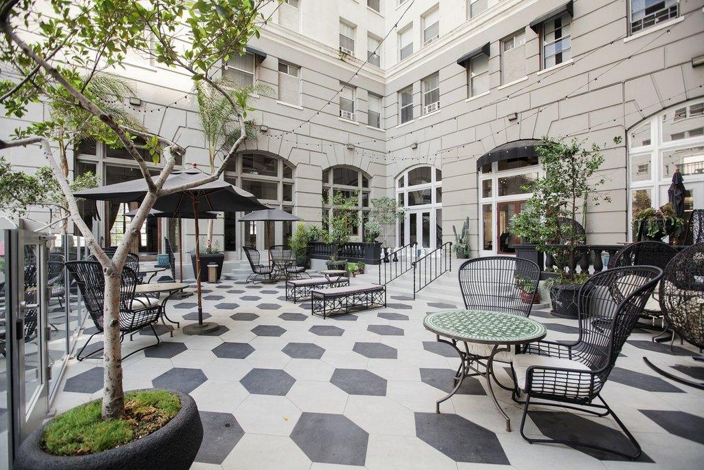 Wilshire Royale 2619 Blvd Apartment For Rent Doorsteps