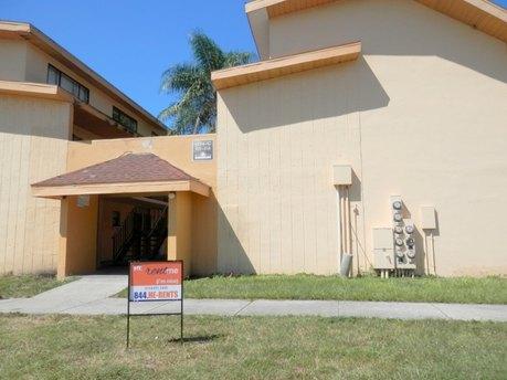 1254 E 113th Ave Apt C101, Tampa, FL 33612