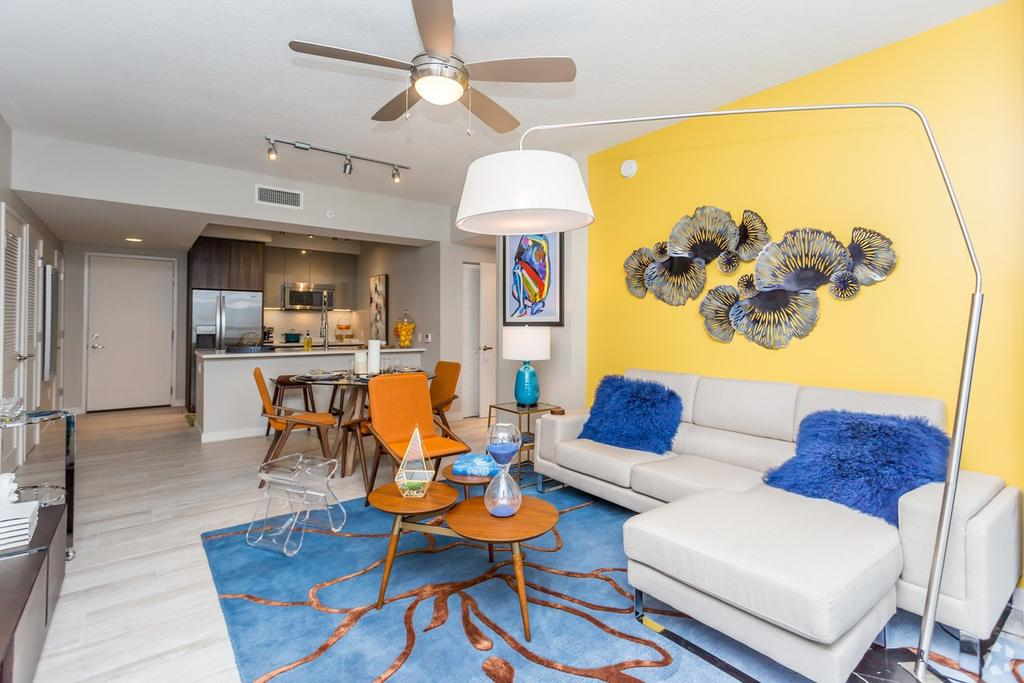 3555 NW 83rd Ave, Doral, FL 33122
