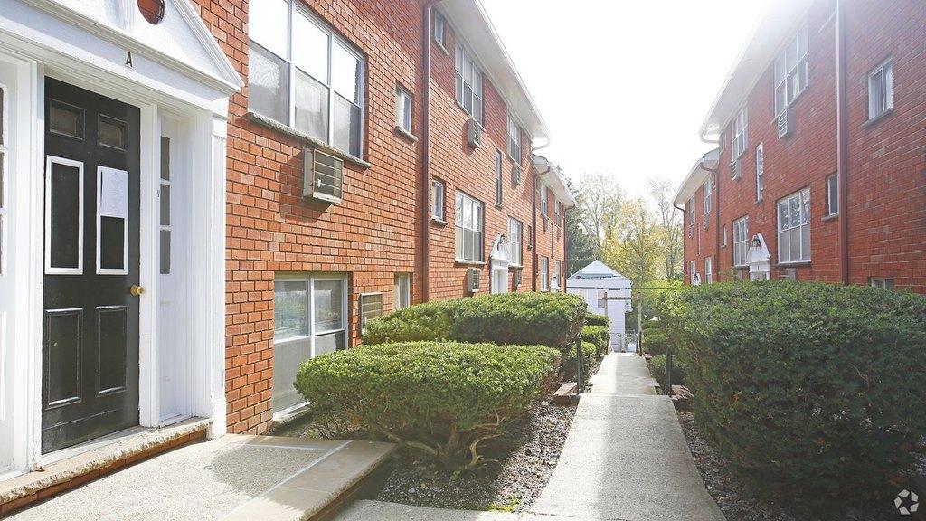 Apartments U0026 Houses For Rent In Irvington, NJ   28 Listings   Doorsteps.com