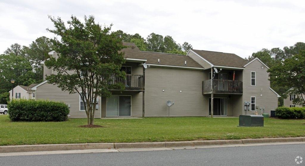 201 Forest Pine Rd, Franklin, VA 23851
