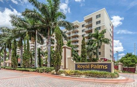 7707 NW Royal Palms 7707 Nw 7th St, Miami, FL 33126
