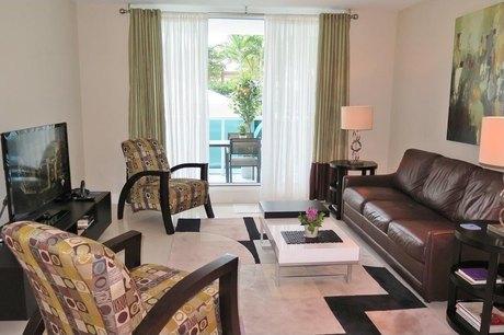 2301 Collins Ave Miami Beach, FL 33139