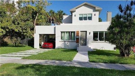 1845 Sw 2nd Ave Miami, FL 33129