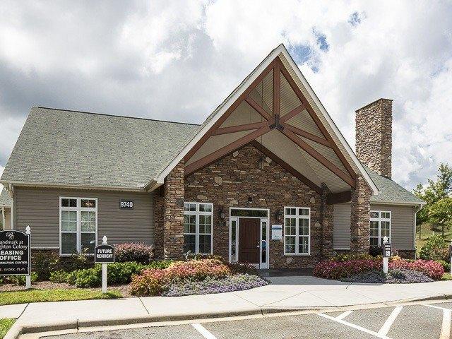 9740 Ashley Lake Ct, Charlotte, NC 28262